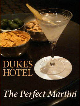 homepage-19th-hole-dukes-hotel